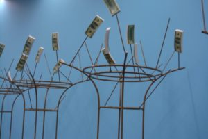 Kurt Ryslavy, Suchan – with 7 Ceramic Dollar bundels, part of Oasis
