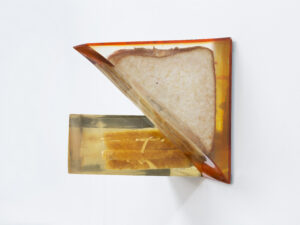 Alex Frost Chicken Tikka on Brown Bread (Fresh Bite), Cheddar Cheese on White Bread (Coop), 2017 Sandwiches, Clear Cast Resin, Acrylic sheet and Acrylic paint. 230 x 150 x 130 mm