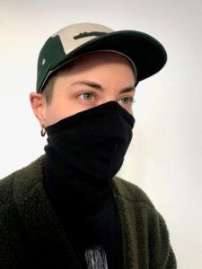 pelican avenue Face-Mask-Scarf BLACK Available in 2 sizes: S/M (womens size) and M/L (mens size) € 40,00.