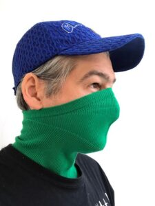 pelican avenue Face-Mask-Scarf GREEN Available in 2 sizes: S/M (womens size) and M/L (mens size) € 40,00.
